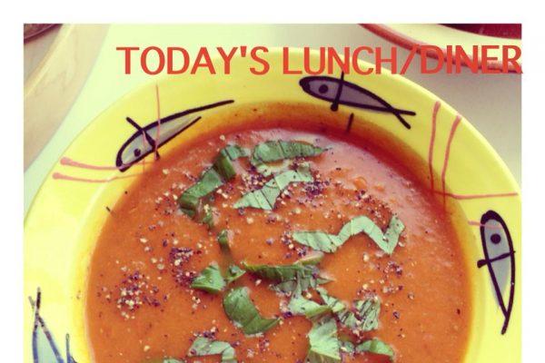 Verse pomodori soep met bleekselderij