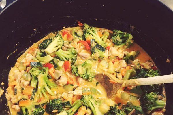 Chicken curry met ronde zilvervliesrijst